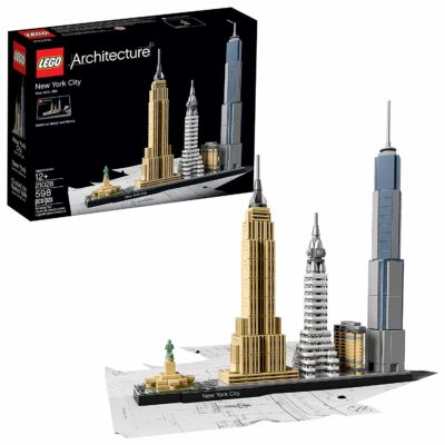 This is an image of a New York City building set by LEGO.