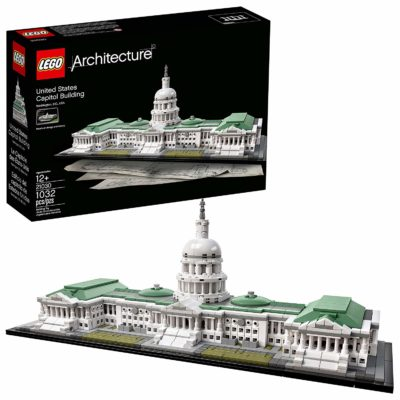 This is an image of a 1032 piece US capitol building set by LEGO.