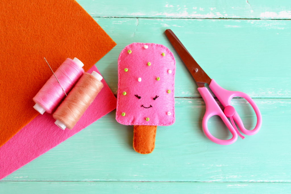 this is an image of an ice lolly made from a kids craft kit