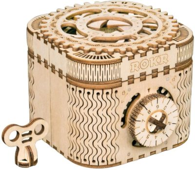 This is an image of a 3D machanical gear wooden craft toy for teenagers.
